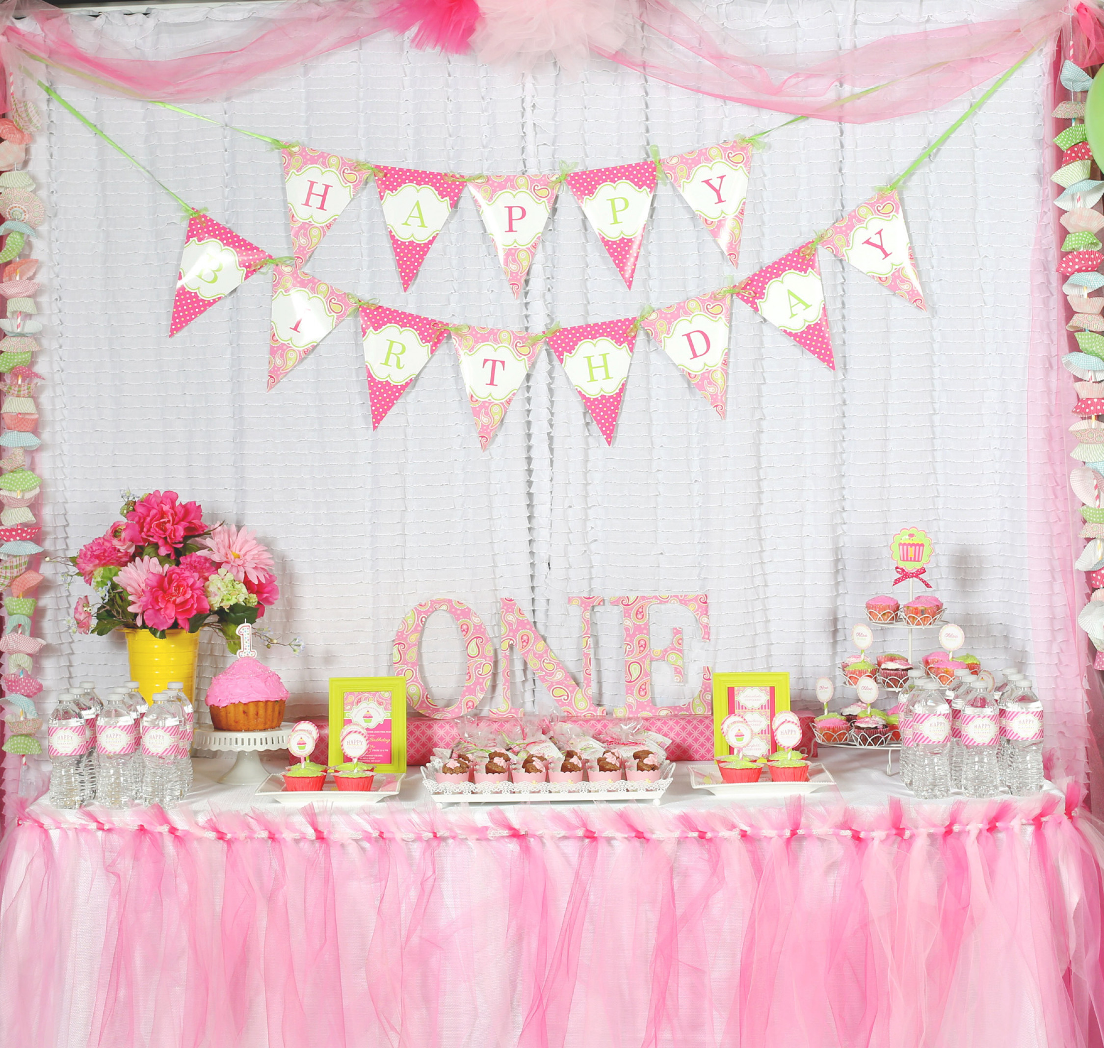 1st Birthday Decor  A Cupcake Themed 1st Birthday party with Paisley and Polka