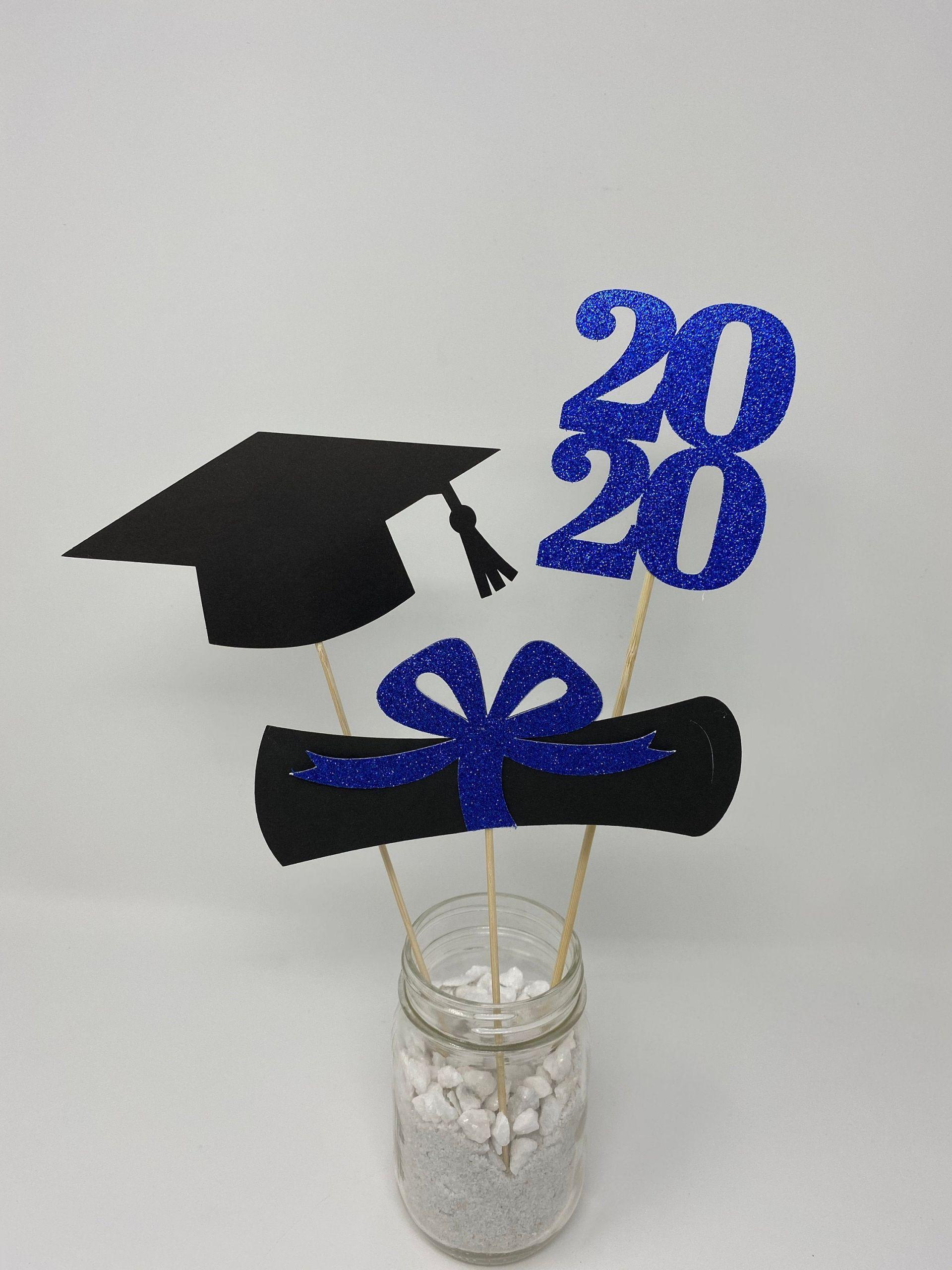 2020 Graduation Party Ideas  Graduation party decorations 2020 grad Graduation