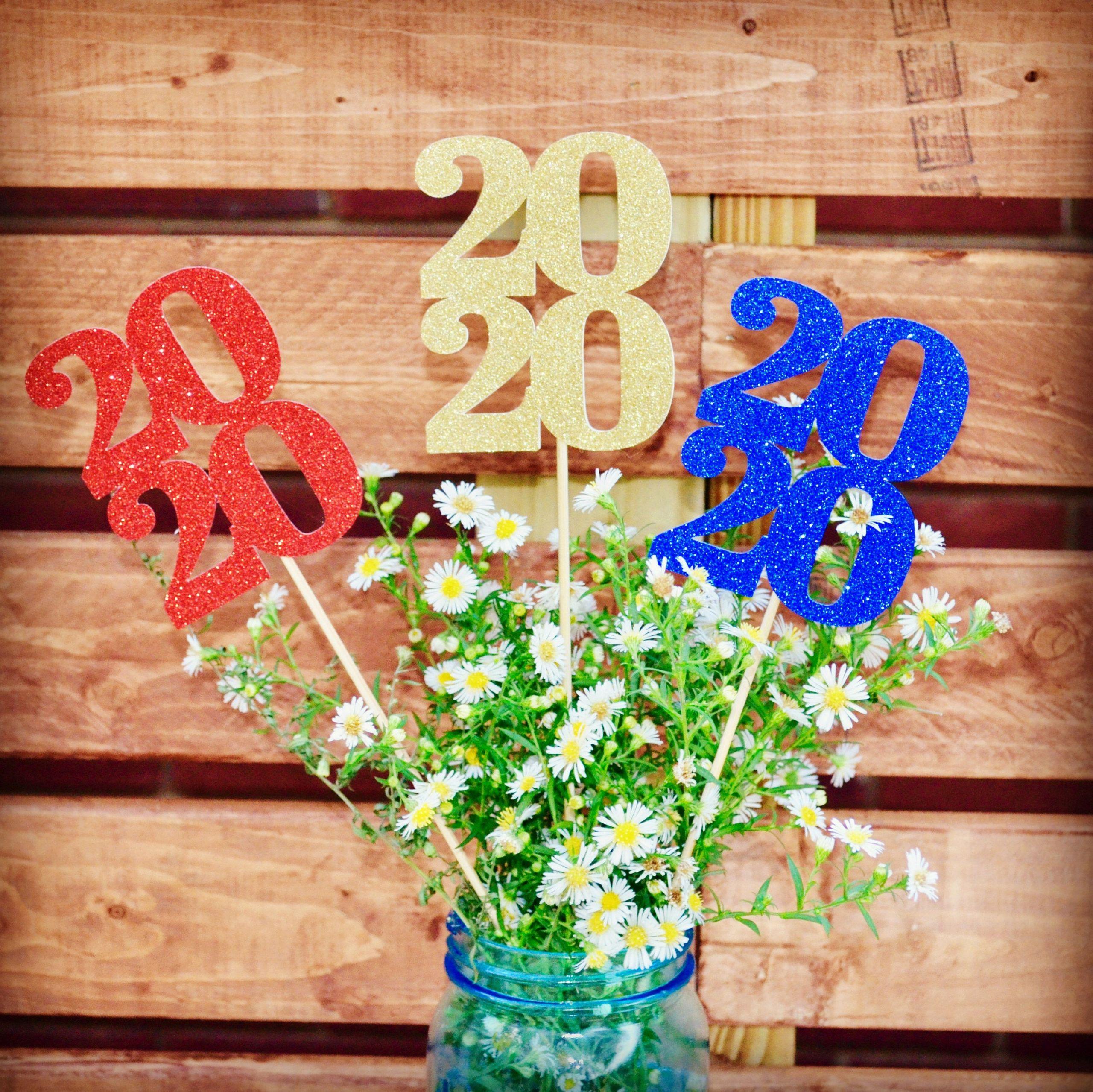 2020 Graduation Party Ideas  Graduation party decorations 2020 table decorations