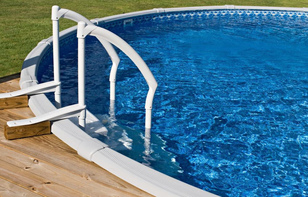 Above Ground Pool Stairs  How To Drain An Ground Pool In 3 Easy Steps
