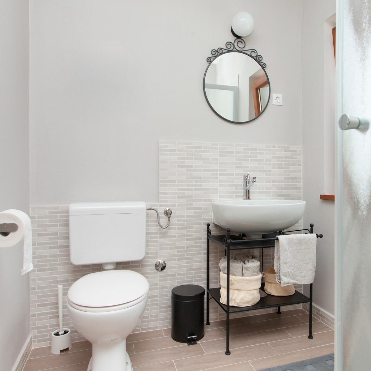Bathroom Designs Small  10 Small Bathroom Ideas That Make a Big Impact