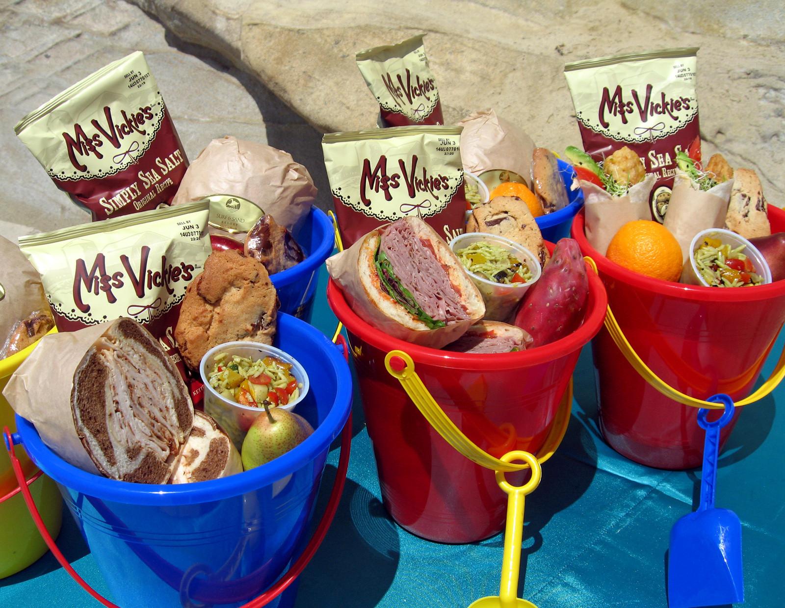 Beach Food Ideas For Party  Beach Bucket