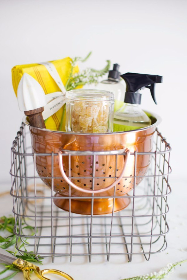 Best Housewarming Gift Ideas  15 The Best DIY Housewarming Gifts That You Can Make To