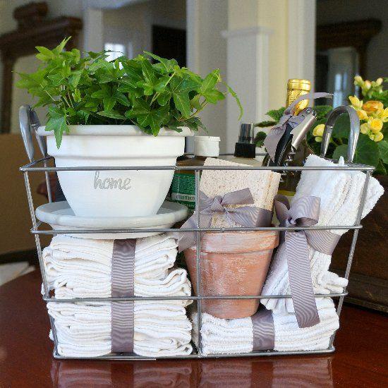 Best Housewarming Gift Ideas  Best 25 Housewarming Gifts ideas on Pinterest