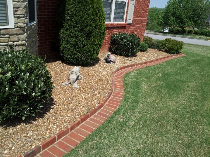 Brick Landscape Edging  Smart Tips How To Make Brick Edging In Your Yard