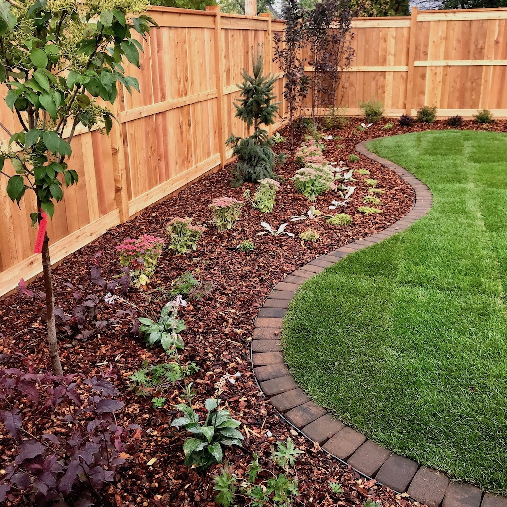 Brick Landscape Edging  Landscape Borders and Beds Landscaping pany