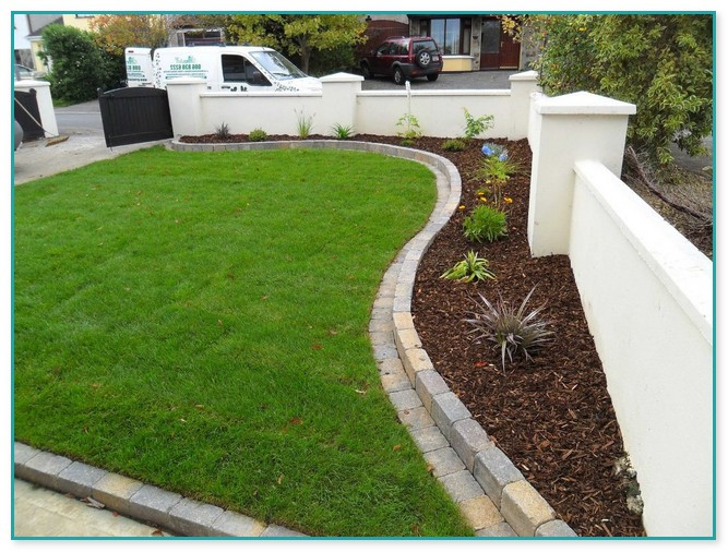 Brick Landscape Edging  Brick Landscape Edging Ideas