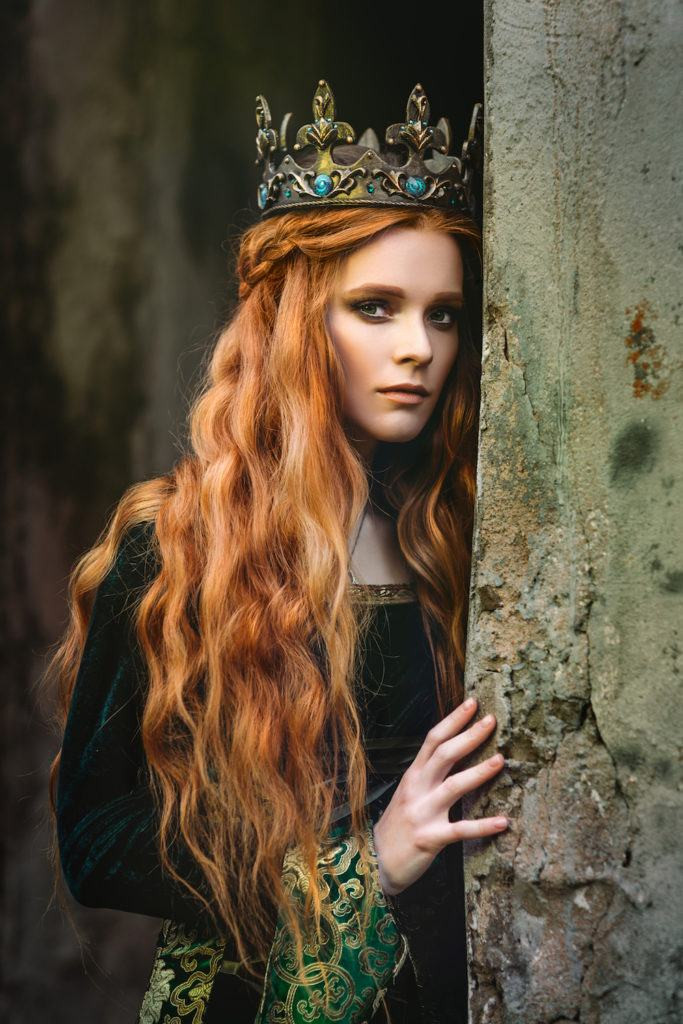 Celtic Hairstyles Female  5 Me val Hairstyles to Inspire your Halloween Look