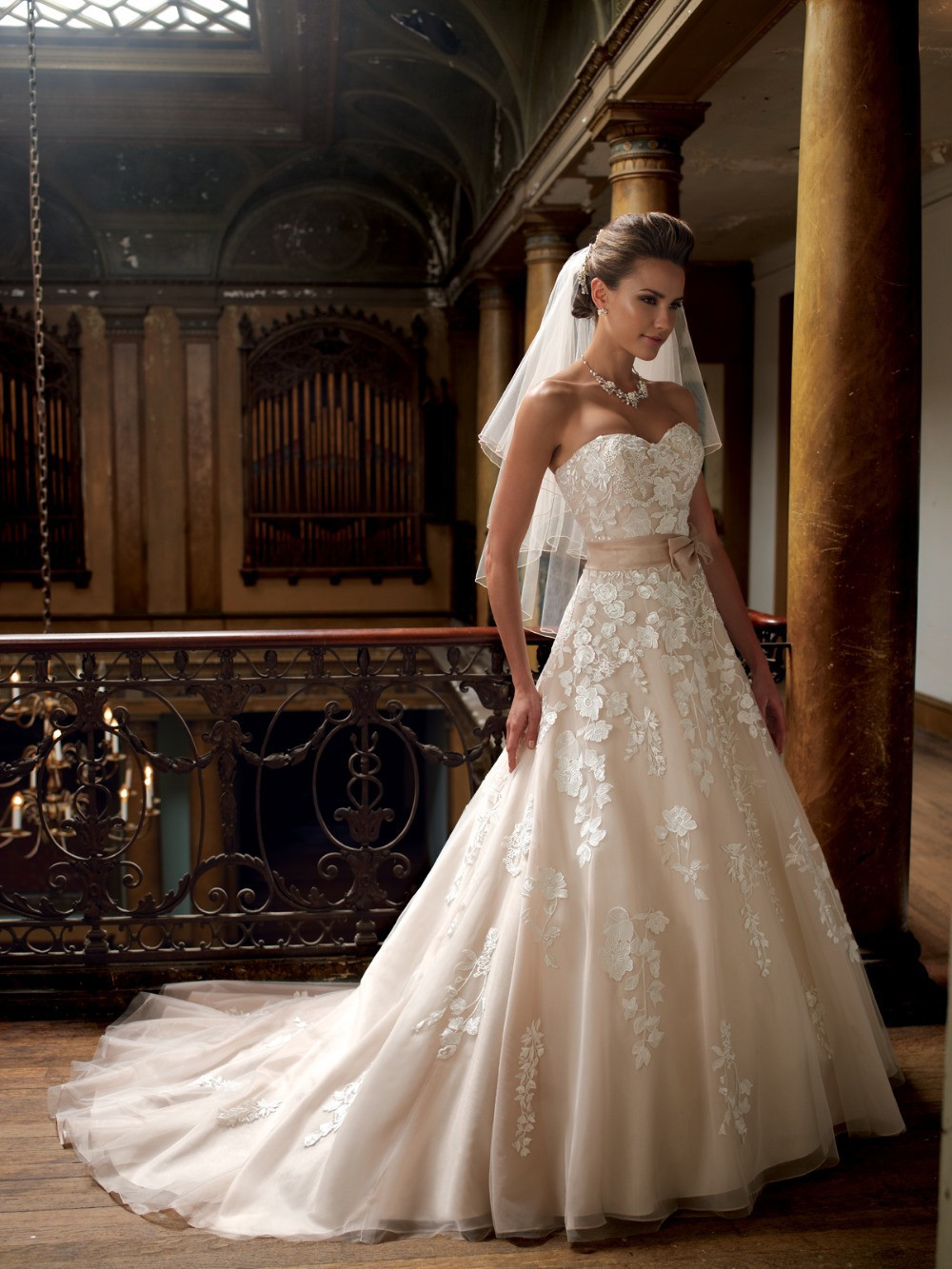 Champagne Wedding Gowns  New Arrival 2015 Sweetheart Applique A Line Floor Length