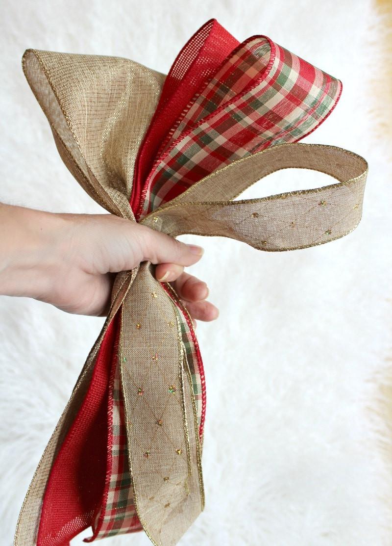 Christmas Bow DIY  Easy Christmas Tree Decorating Tips The Design Twins