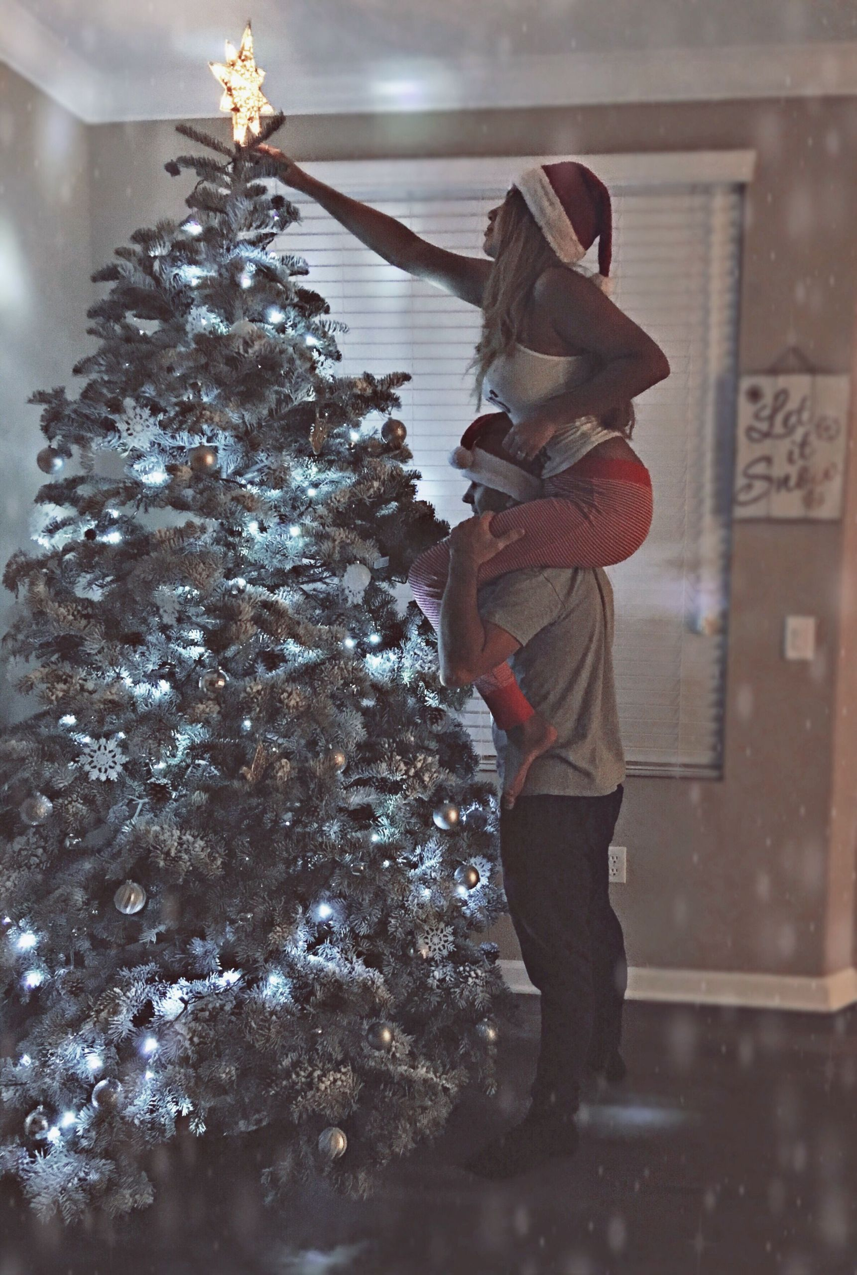Christmas Gift Ideas For Young Married Couples  selenakulikovskiy danikkulikovskiy instagram couple