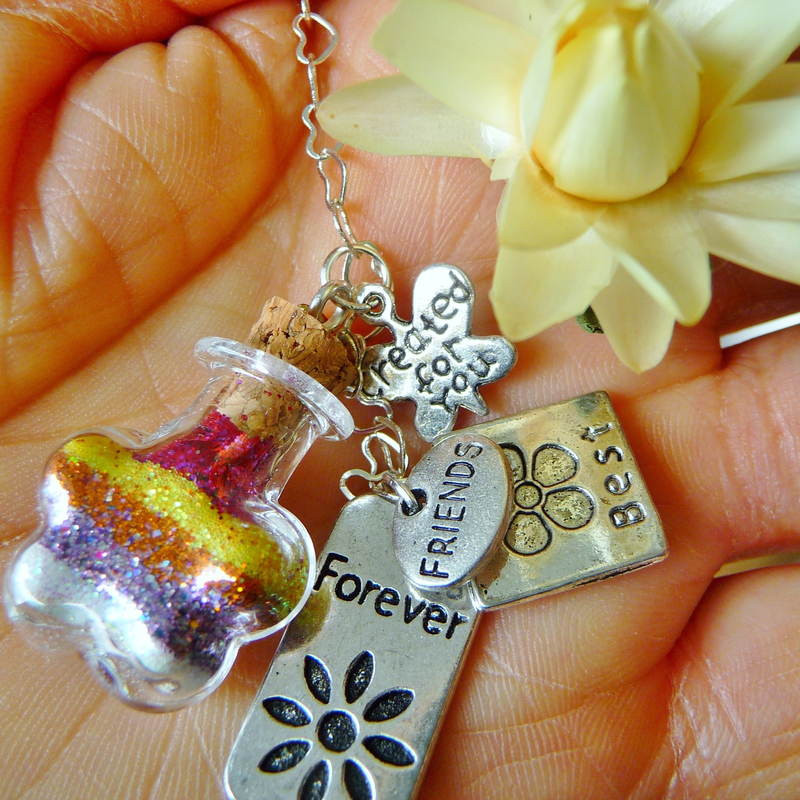 Creative Gift Ideas For Best Friend  Unique Friendship Gifts to Touch Your BFF s Heart