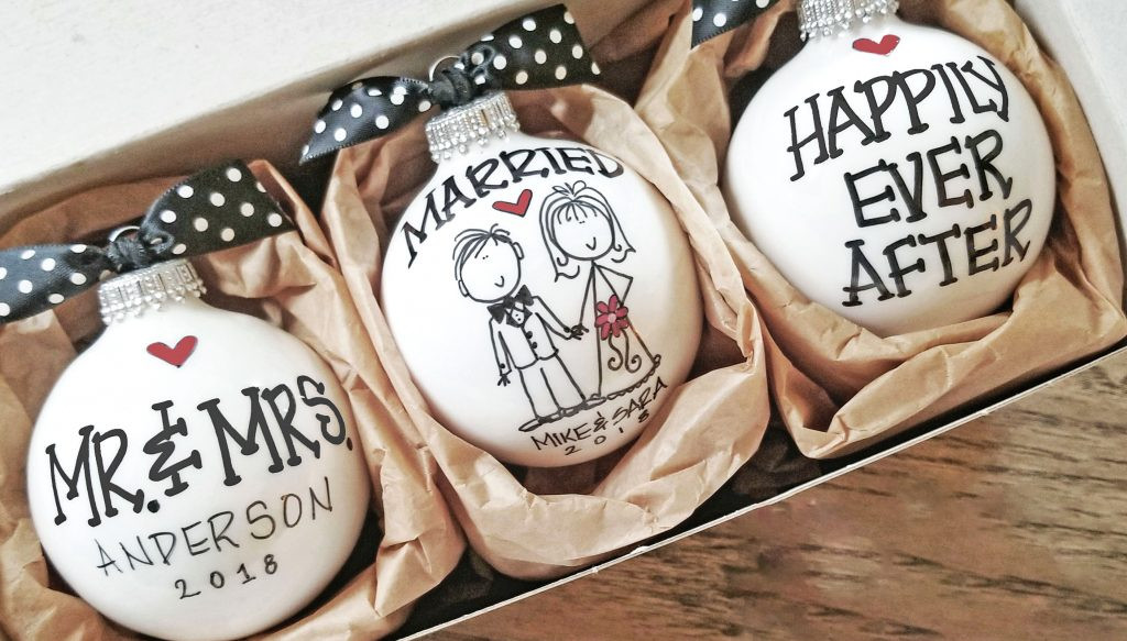 Creative Gift Ideas For Couples  Personalized DIY Wedding Gifts Ideas for Couples