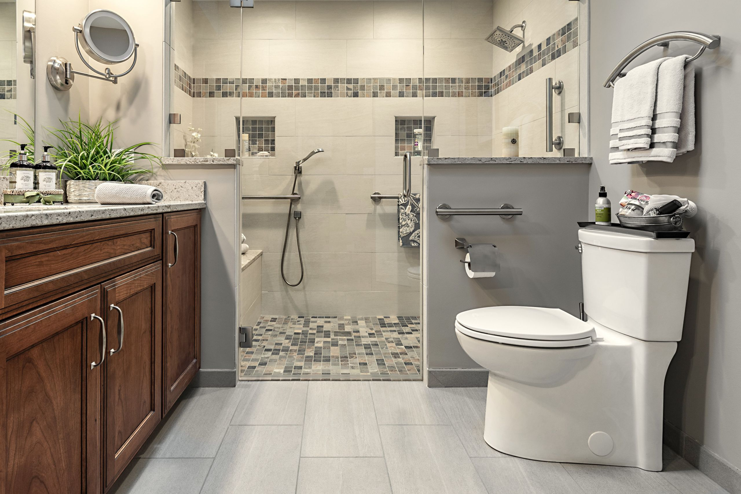 Design A Bathroom  Open v s Closed Kitchen Layouts