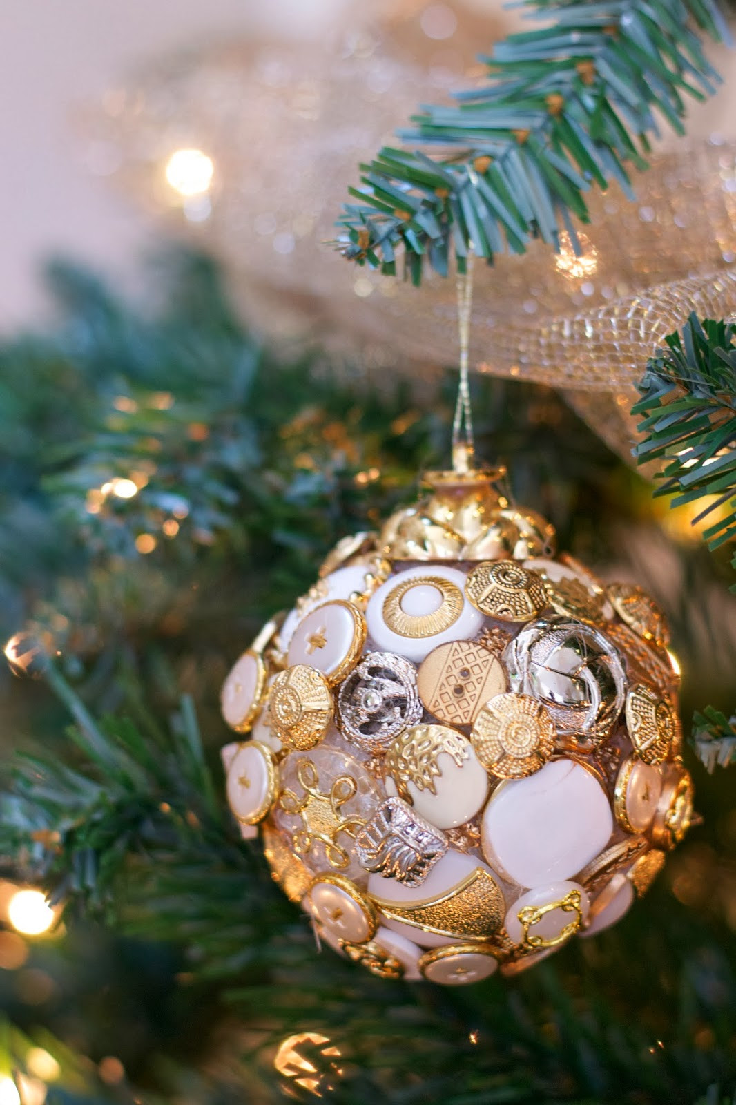 DIY Christmas Ornaments With Pictures  10 Quick and easy DIY Christmas tree decorations