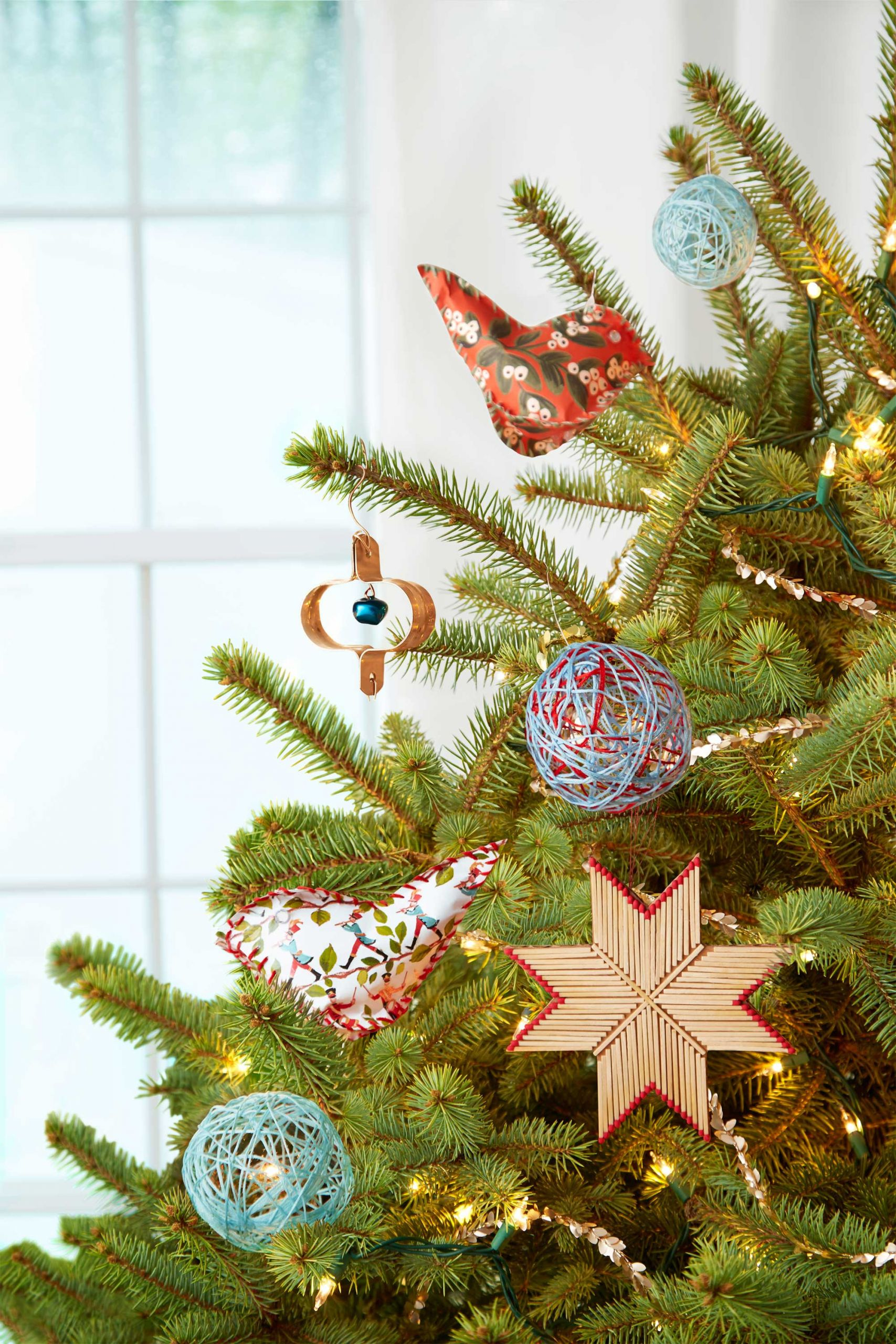 DIY Christmas Ornaments With Pictures  25 Homemade DIY Christmas Ornament Craft Ideas How To