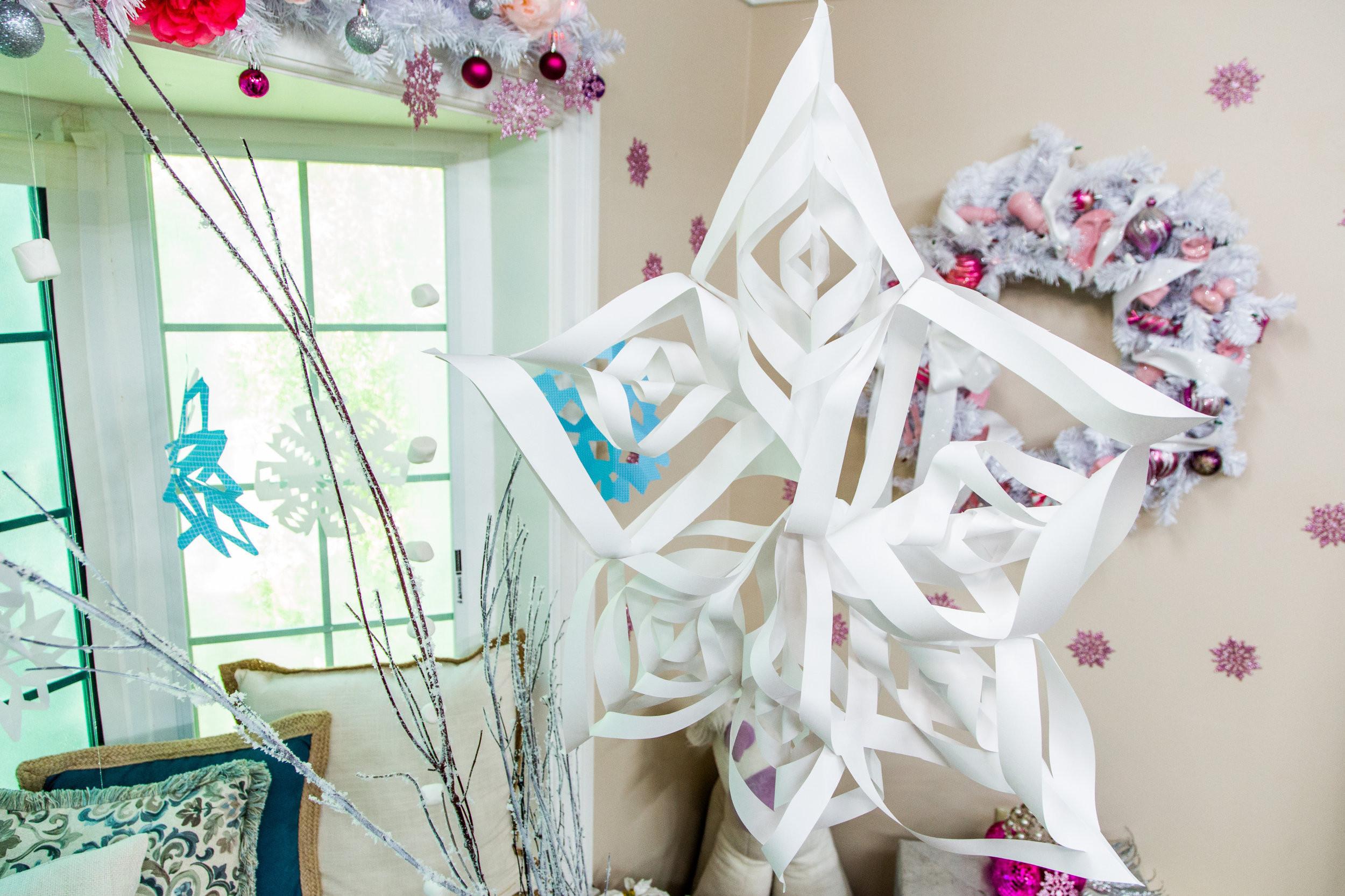 DIY Christmas Photography Backdrop  How To Tanya's DIY Christmas Wonderland Backdrop