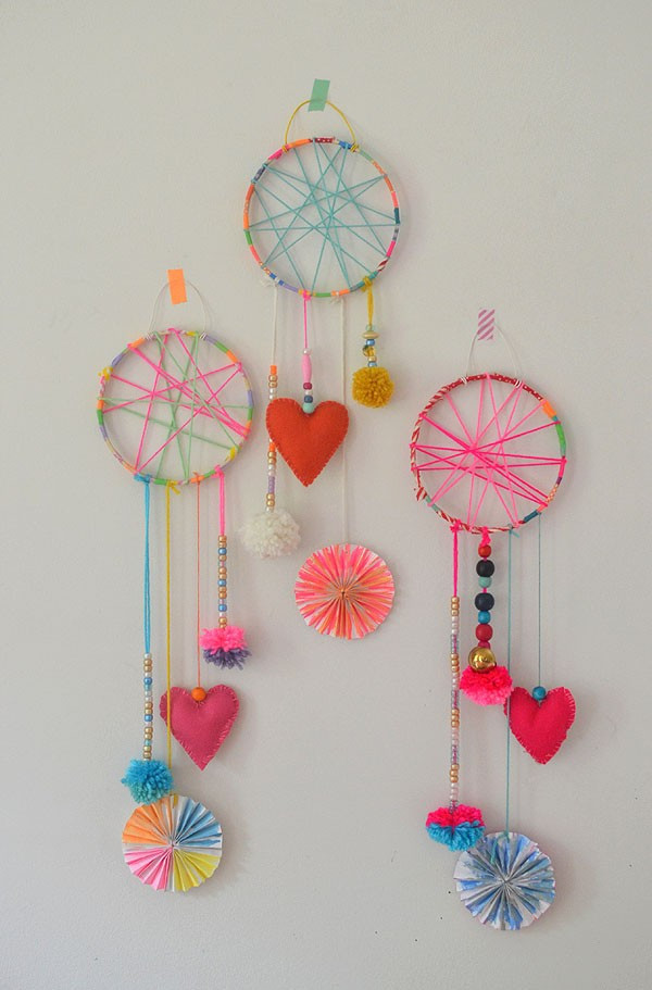 DIY Dream Catcher For Kids  Amazing photographs of diy crafts of dream catcher