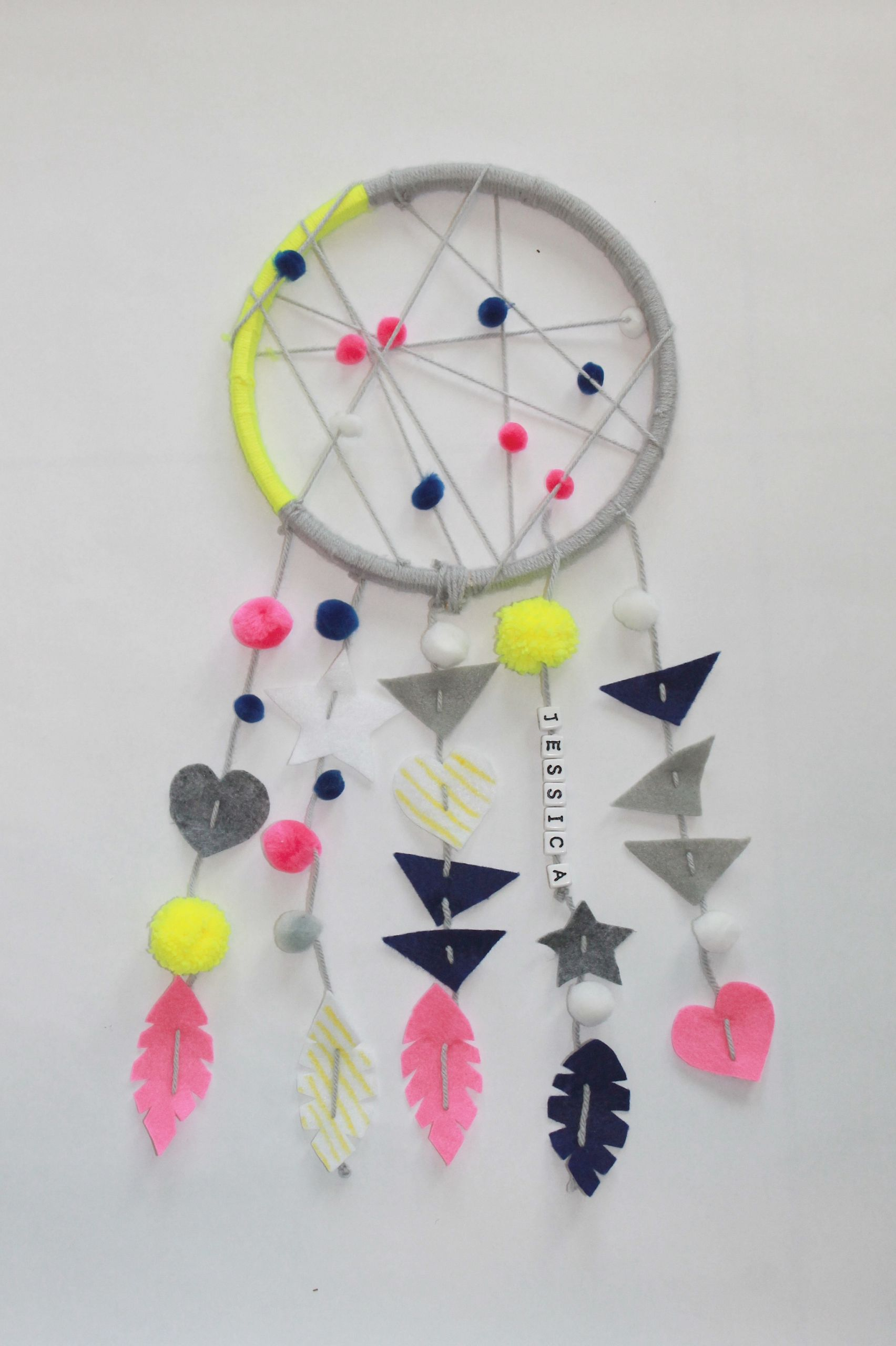 DIY Dream Catcher For Kids  Things to Do When the Kids are Sick