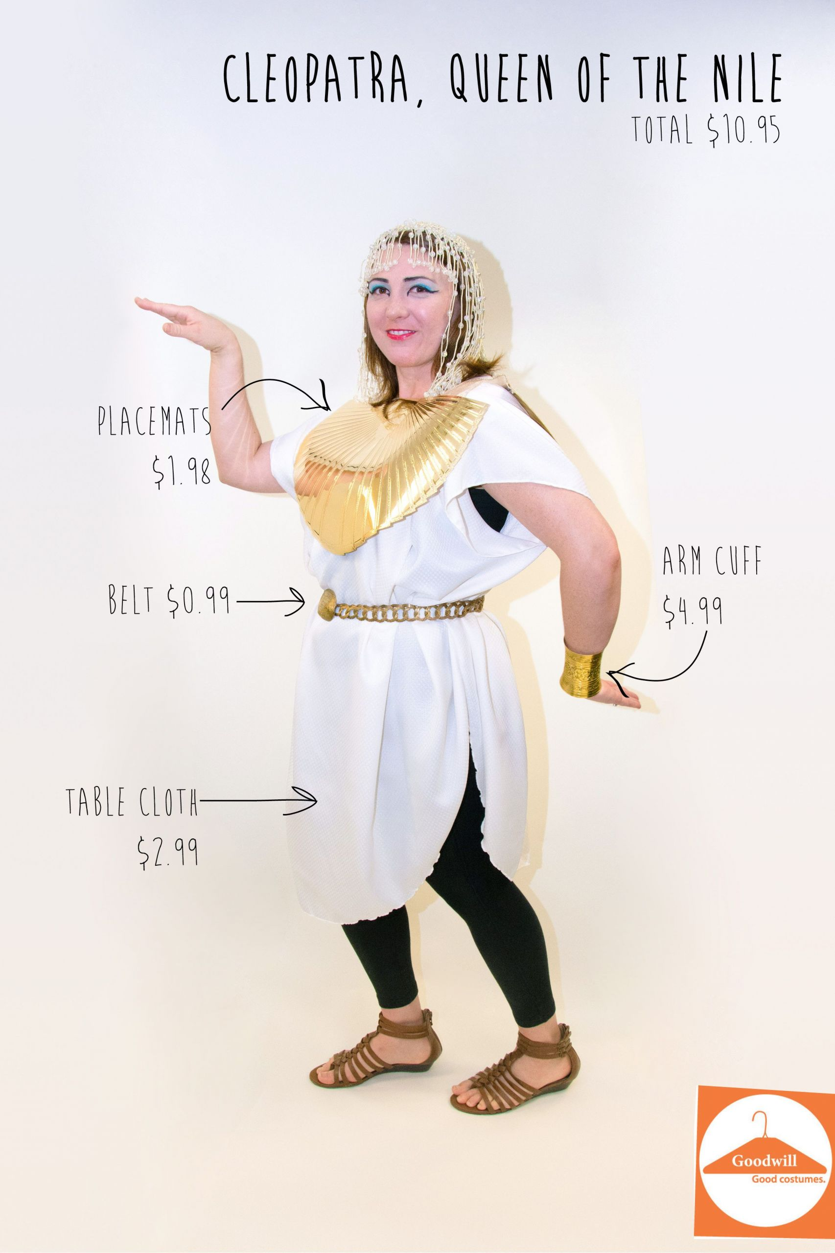 DIY Egyptian Costume  DIY Cleopatra costume from a table cloth and placemats