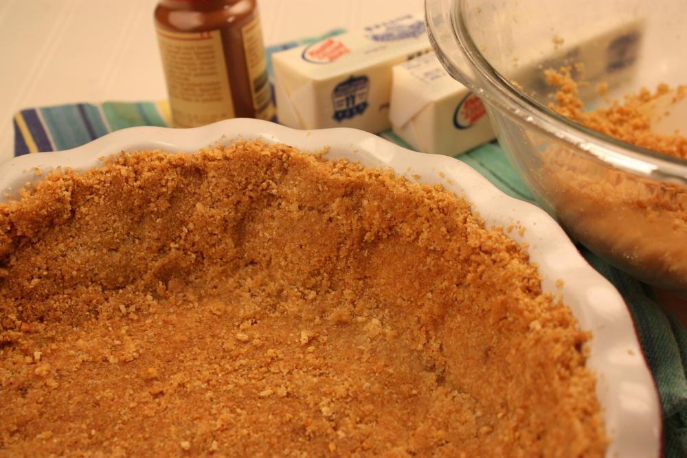 DIY Graham Cracker Crust  Homemade Graham Cracker Pie Crust