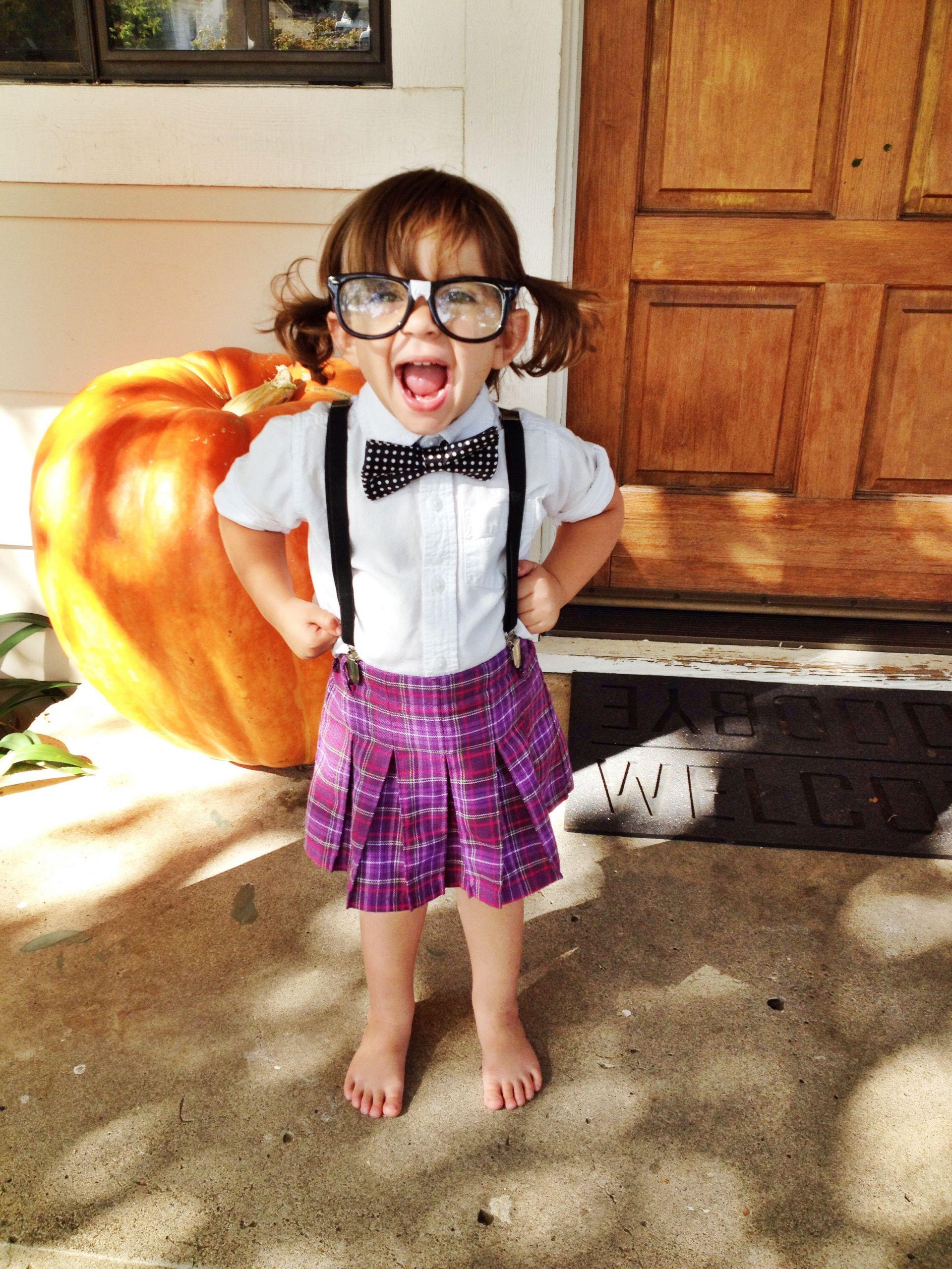 DIY Halloween Costumes  Easy Inexpensive & Adorable DIY Halloween Costumes for