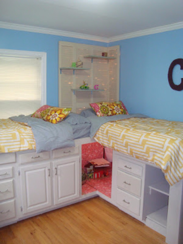 Diy Kids Bed With Storage  30 DIY Organizing Ideas for Kids Rooms