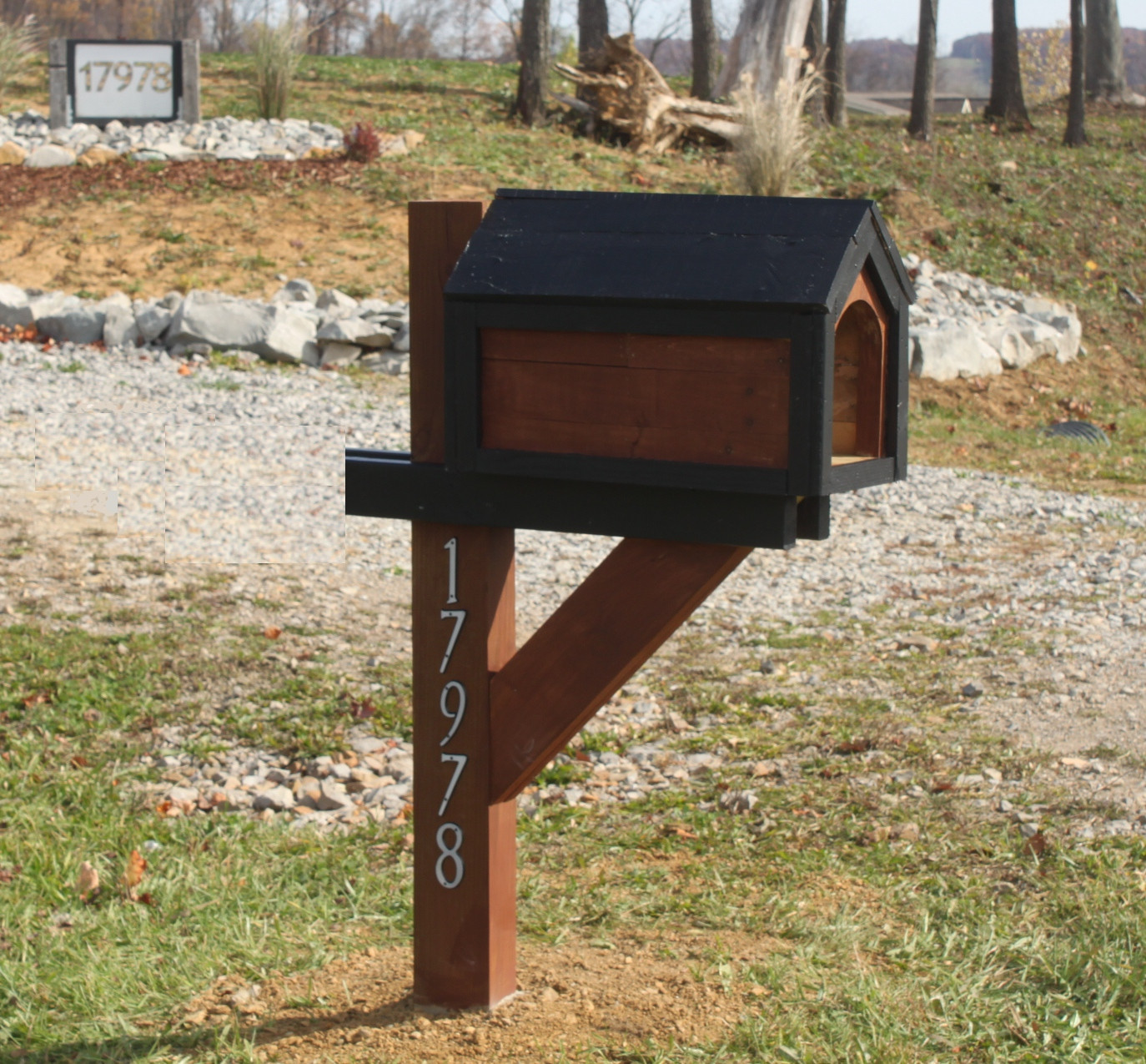 DIY Mailbox Post  Building A Cool Mailbox From A Pallet For Under $13
