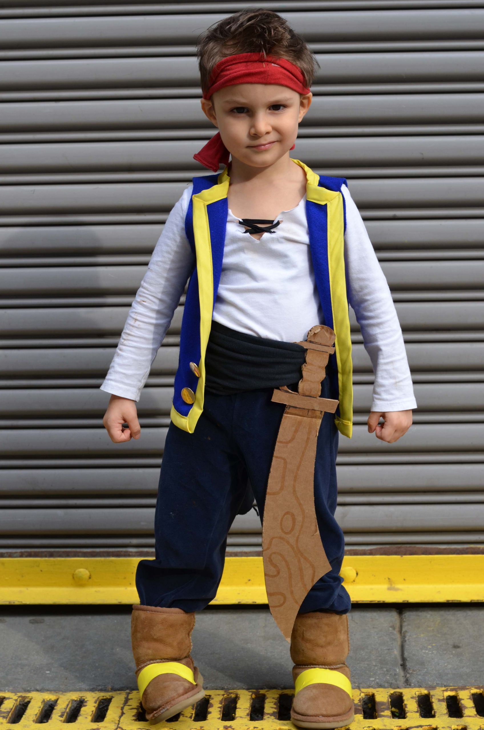 DIY Pirate Costumes For Kids  DIY Jake and The Never Land Pirates Costume