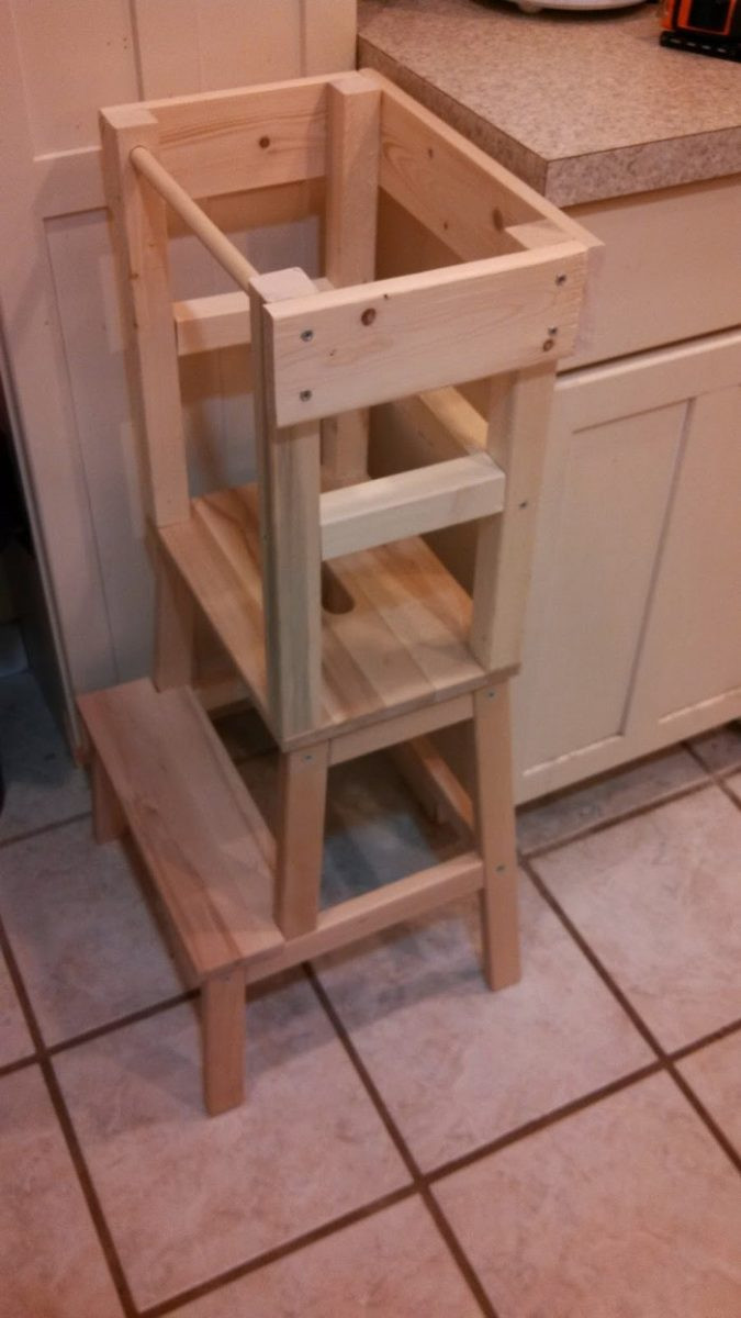 DIY Toddler Step Stool  Build a learning tower for the kids