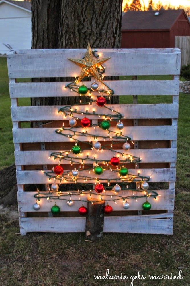 DIY Wooden Christmas Decorations  Easy DIY Christmas decor