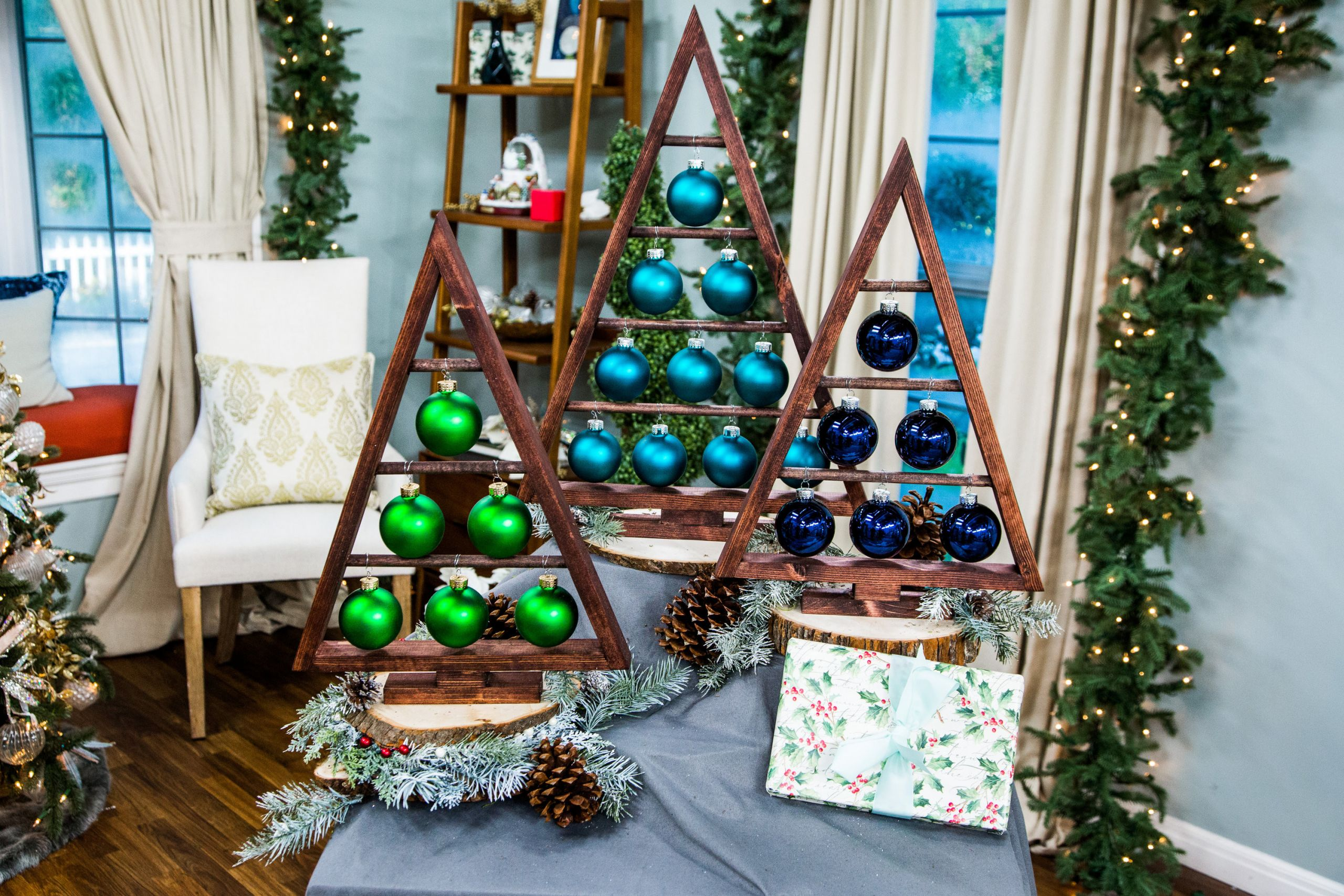DIY Wooden Christmas Decorations  How To DIY Wooden Ornament Tree