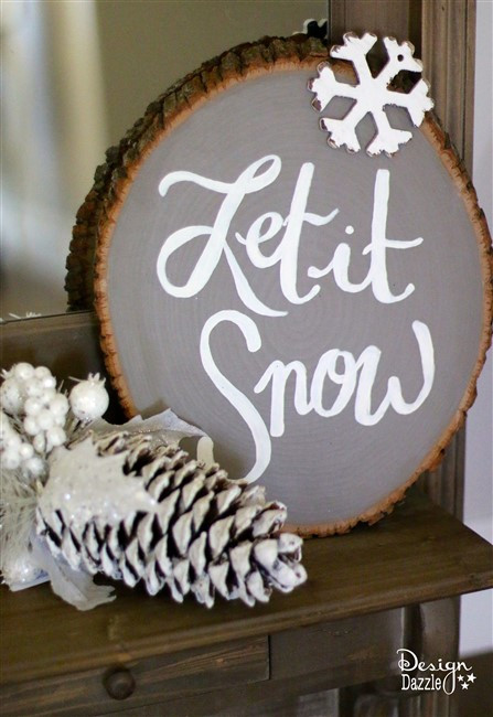 DIY Wooden Christmas Signs  16 Utterly Perfect DIY Wood Christmas Decorations Pretty