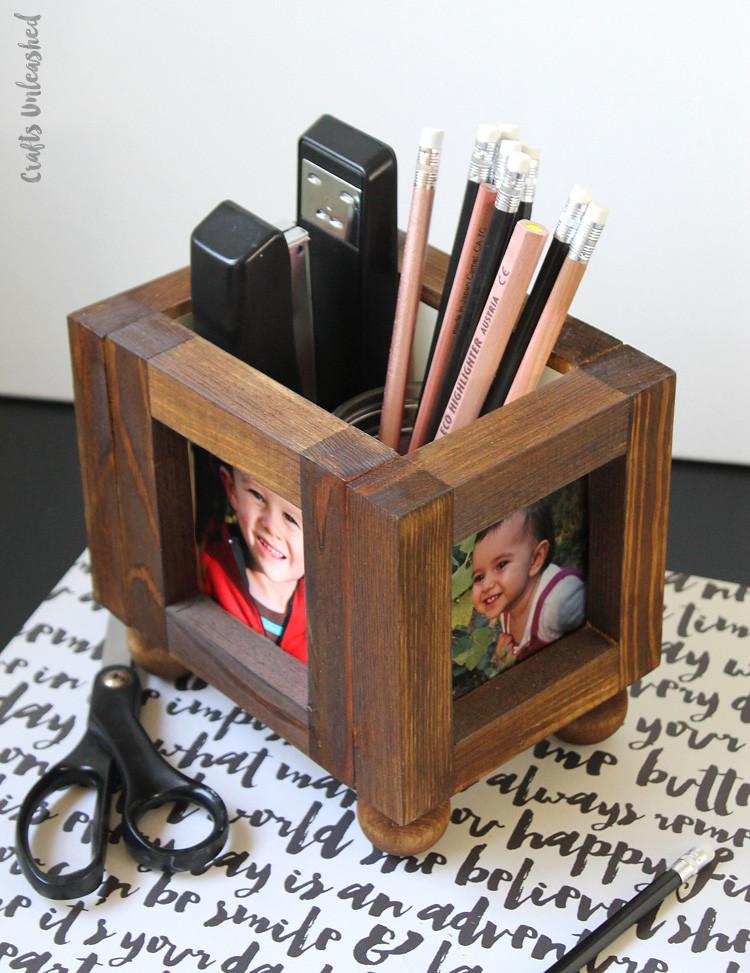 DIY Wooden Photo Frame  DIY Frames 26 Creative & Easy Picture Frames