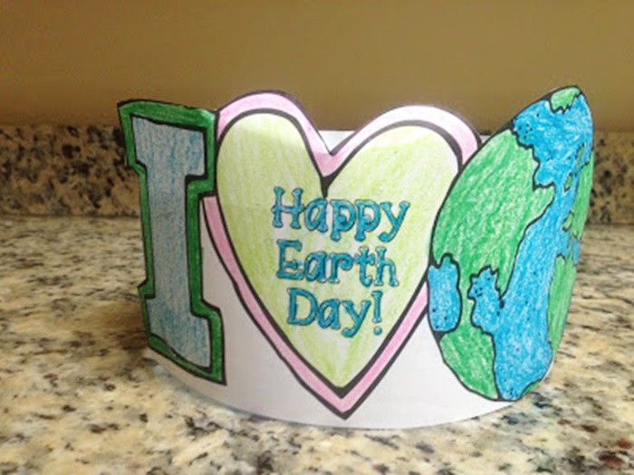 Earth Day Craft Ideas For Preschoolers  18 Low Prep Earth Day Ideas