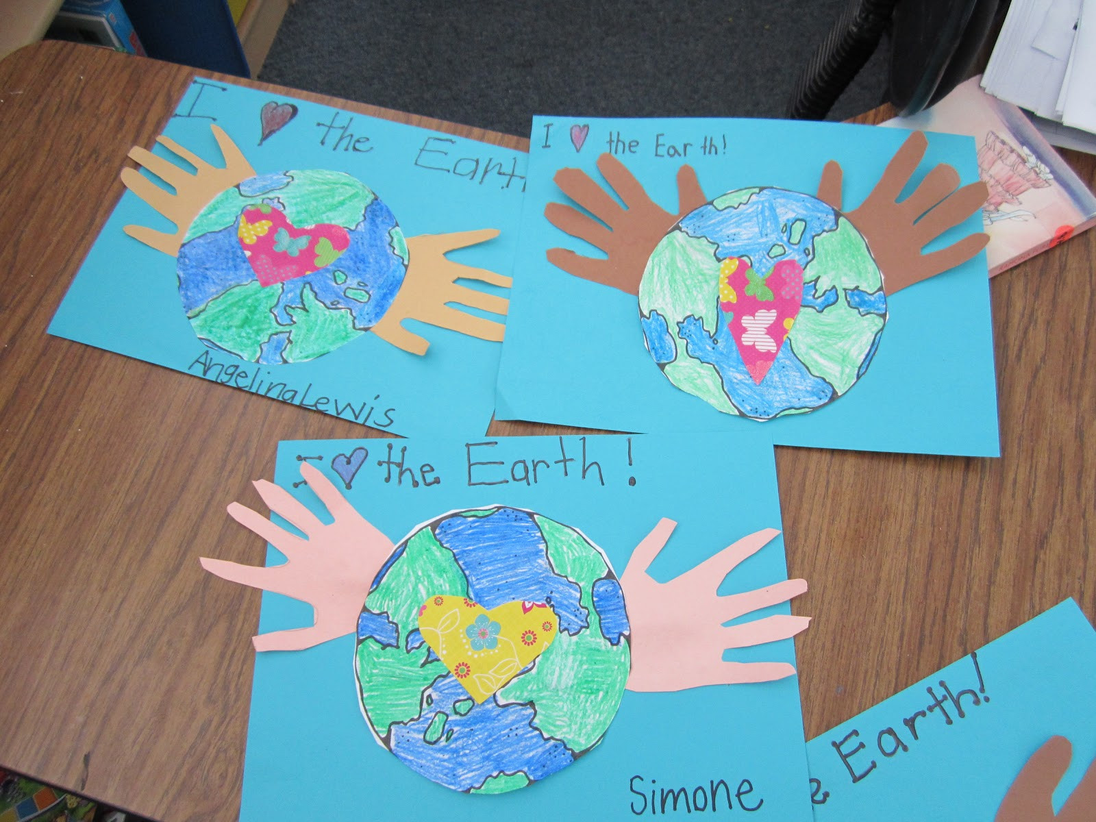 Earth Day Craft Ideas For Preschoolers  Blog Hoppin A veritable potpourri of Earth Day goodness