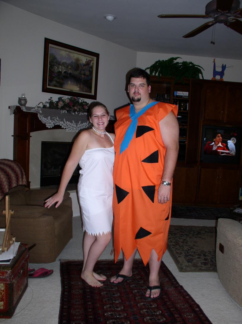 Easy DIY Couple Costumes  DIY Couples Halloween Costumes 10 Ideas Mommysavers