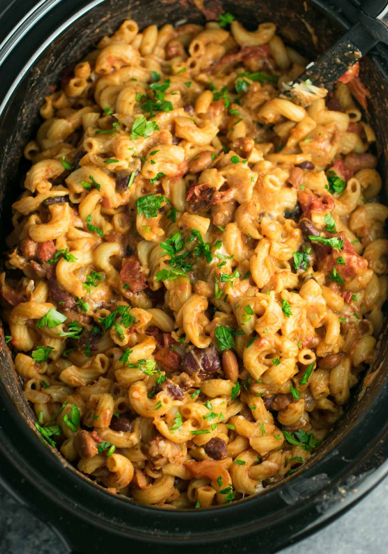 Easy Vegan Crockpot Recipes  Slow Cooker Ve arian Chili Mac Recipe Build Your Bite
