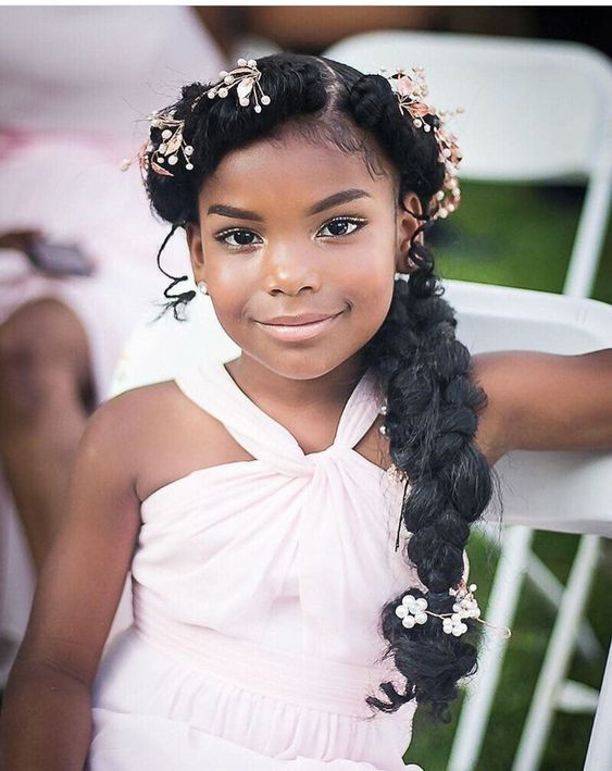 Hairstyles For Little Girls For Weddings  Wedding Hairstyles for Little Girls s
