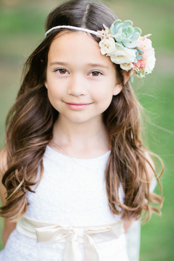Hairstyles For Little Girls For Weddings  38 Super Cute Little Girl Hairstyles for Wedding