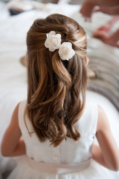 Hairstyles For Little Girls For Weddings  17 Simple But Beautiful Wedding Hairstyles 2020 Pretty