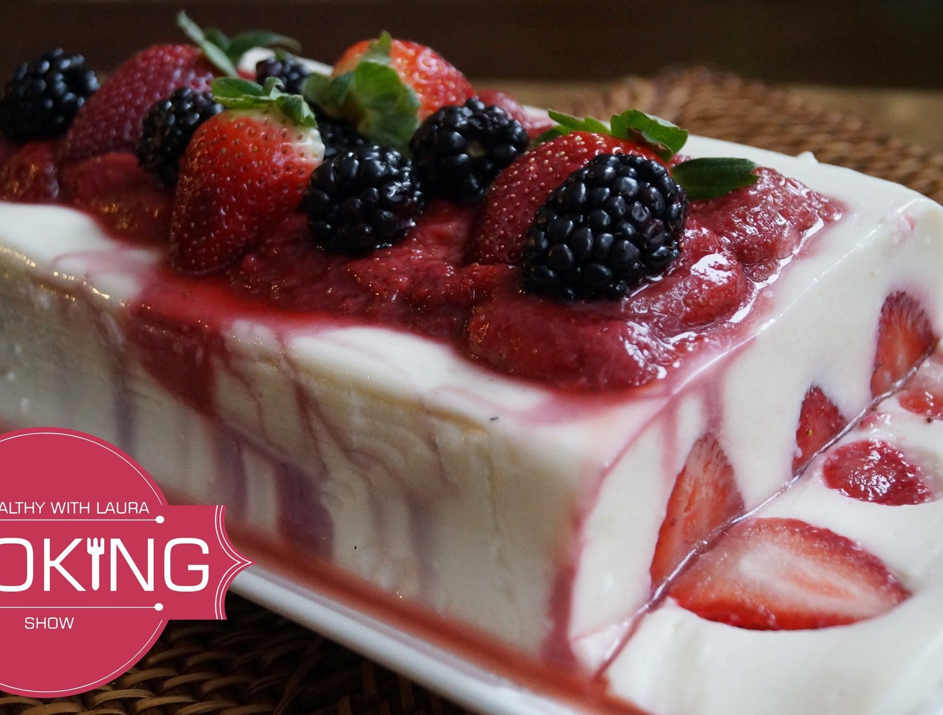 Healthy Low Fat Desserts  Deliciously Healthy Low Fat Yogurt and Strawberry Dessert