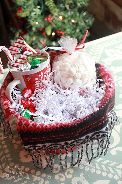 Hot Chocolate Gift Basket Ideas  items for hot chocolate lovers t basket