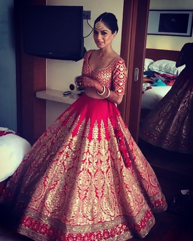 Indian Wedding Gown  Indian Bridal Dresses 2017 Bridal Wedding Lehengas & Gown