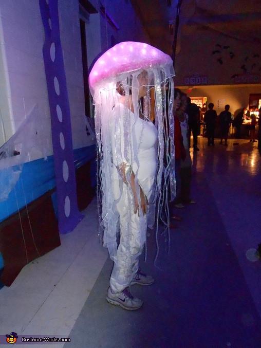 Jellyfish Costume DIY  DIY Jellyfish Costumes Costume Works 5 5