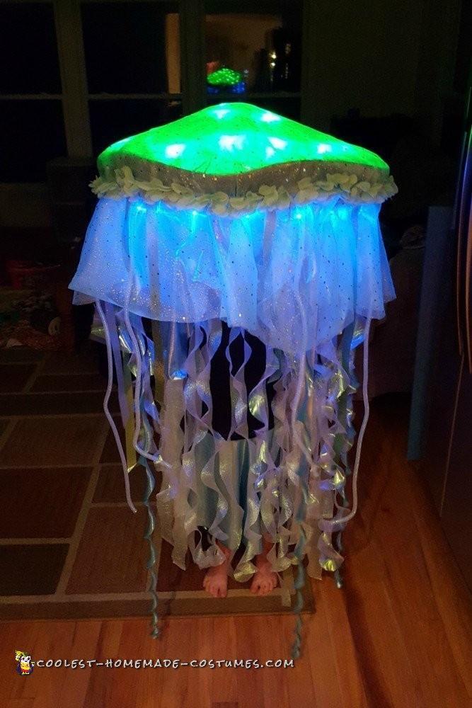 Jellyfish Costume DIY  Glowing Jellyfish Costume