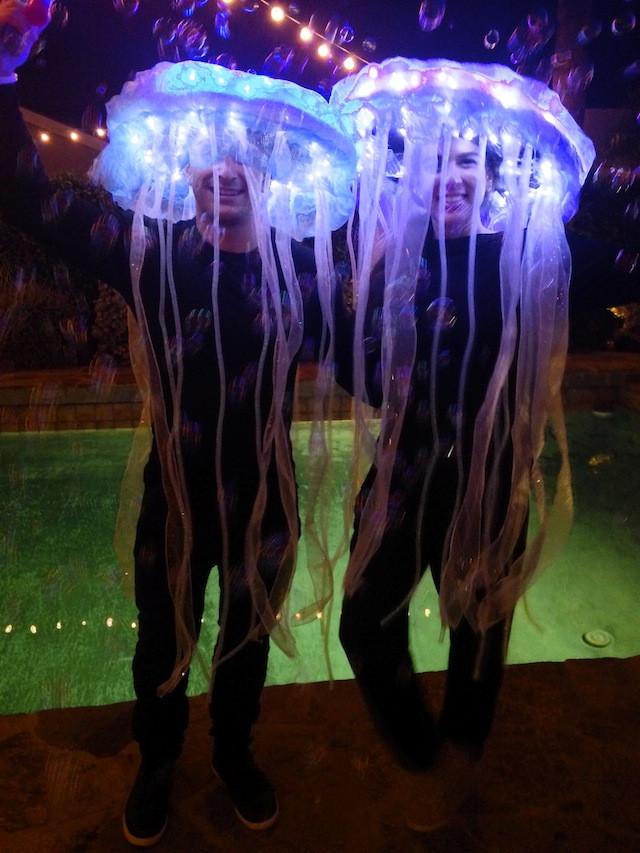 Jellyfish Costume DIY  DIY Jellyfish Costume Glow in the Dark The Kattwalk