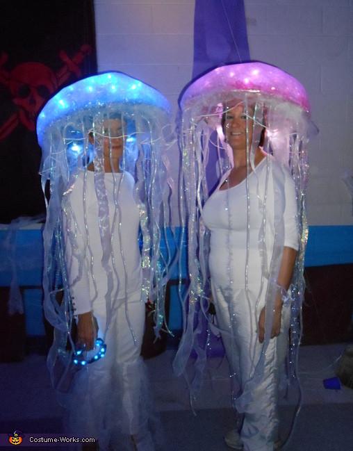 Jellyfish Costume DIY  DIY Jellyfish Costumes Costume Works