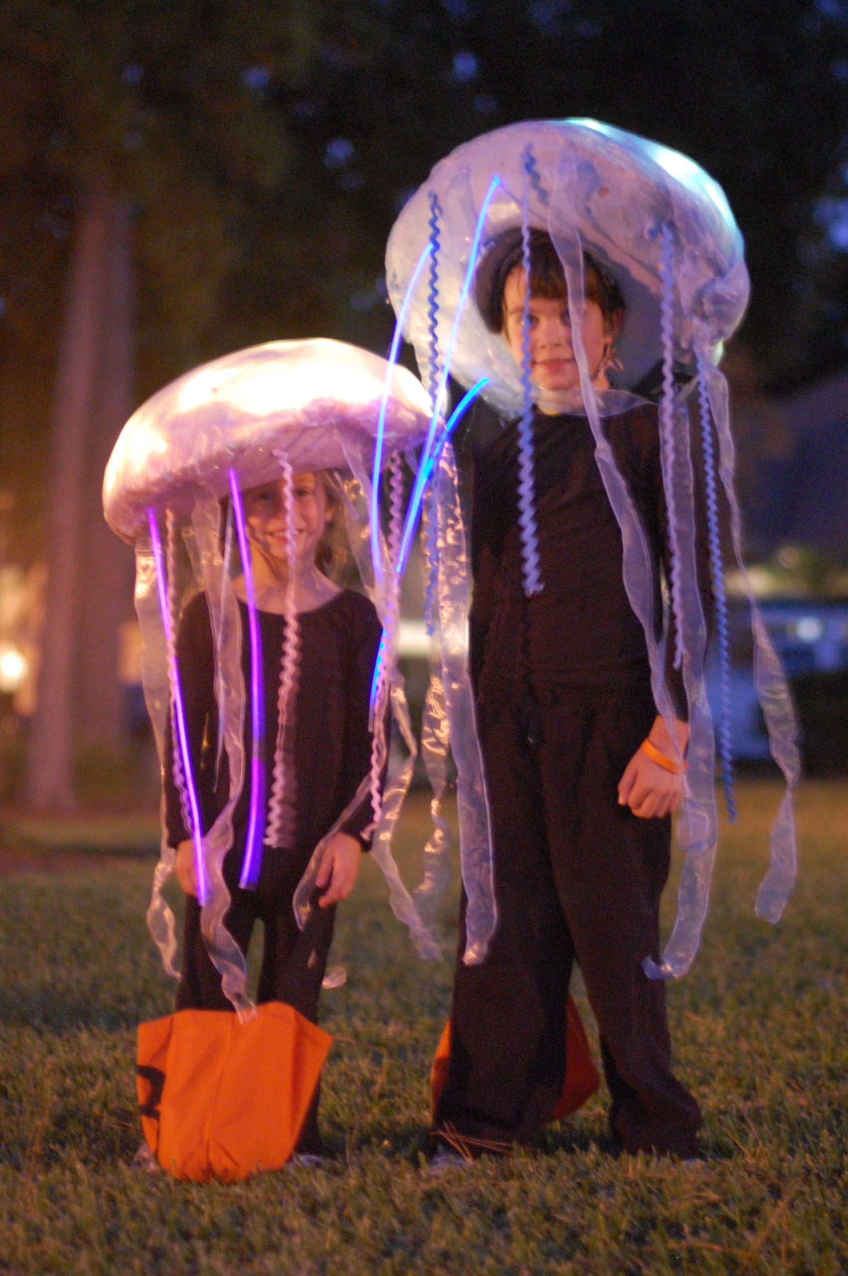 Jellyfish Costume DIY  Glow in the Dark Jellyfish Costume Tutorial