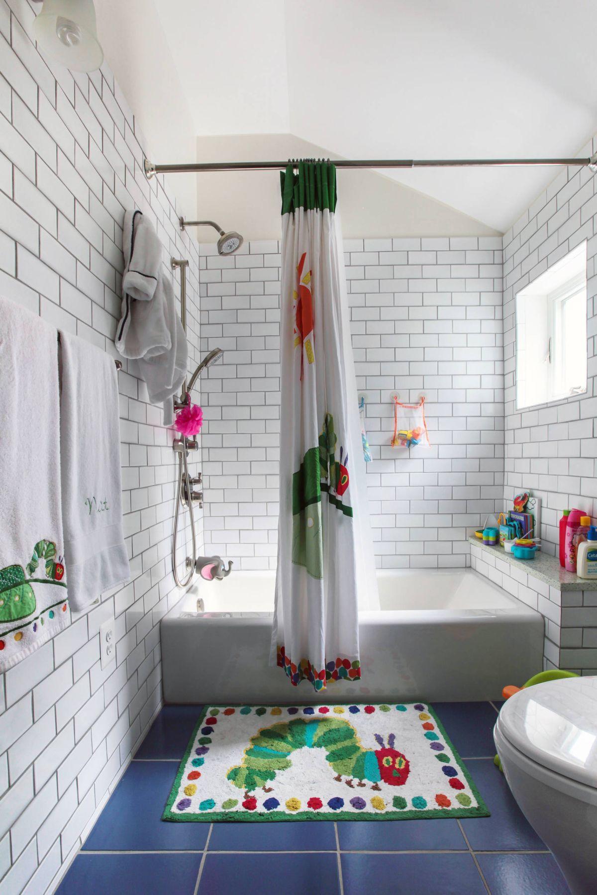 Kids Bathroom Set  12 Tips for The Best Kids Bathroom Decor